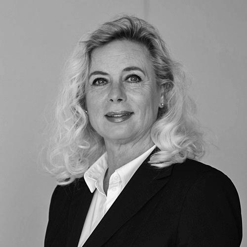 Anja Schierle-Jertz Portrait